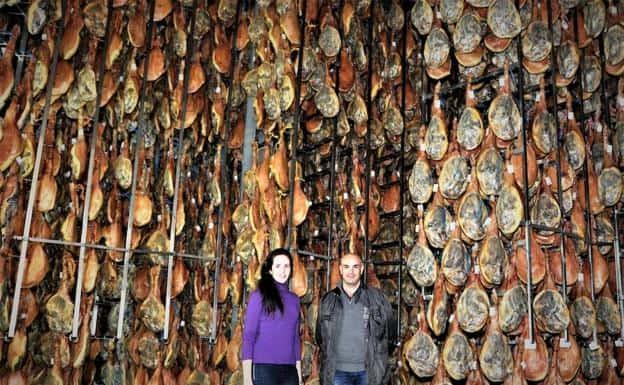 En Jamones Vallejo los mejores secaderos de jamones en Granada