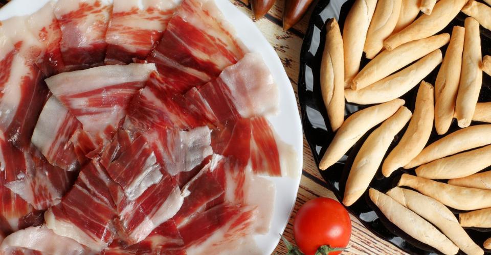 La mejor alimentación para un jamón de la Alpujarra delicioso