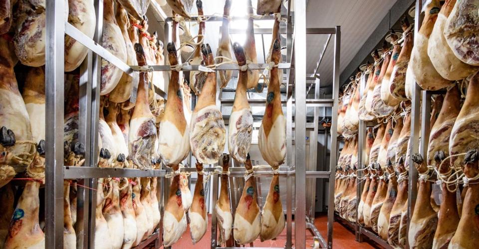 Visita nuestro Museo del jamón en Trevélez